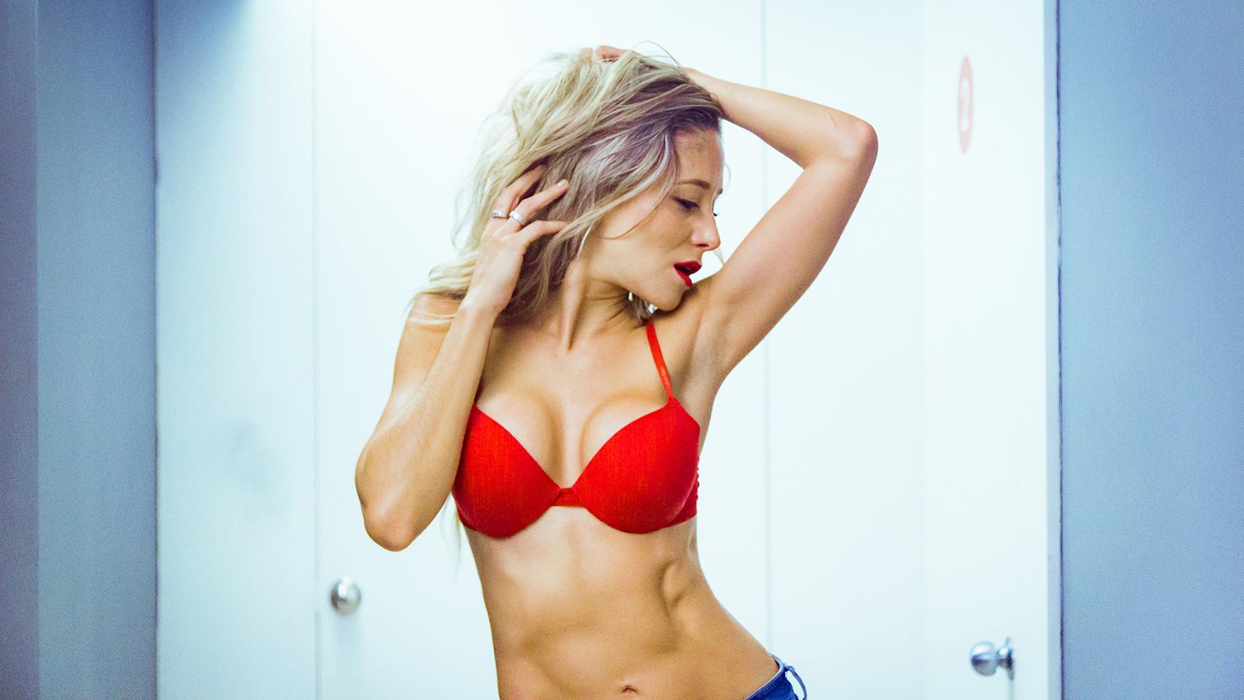 Gabriela Coceres Nude Photos 28